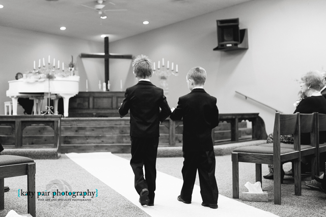 2012, 12-21 White Wedding-130bw