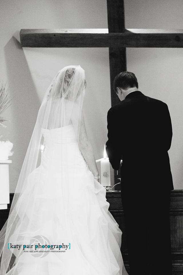 2012, 12-21 White Wedding-172bw