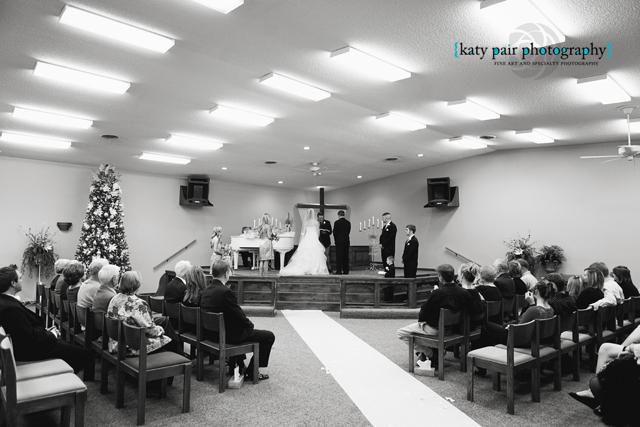 2012, 12-21 White Wedding-176bw