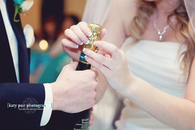 2012, 12-21 White Wedding-319