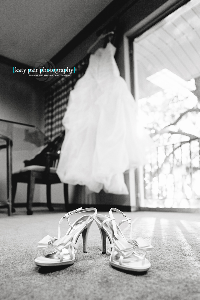 2012, 12-21 White Wedding-42bw