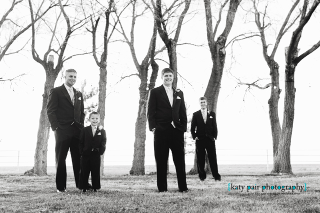 2012, 12-21 White Wedding-43bw