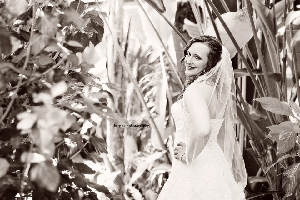 2013, 5-14 Brittany Weinheimer Bridal_KatyPair-11bw