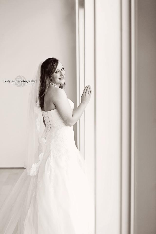 2013, 5-14 Brittany Weinheimer Bridal_KatyPair-137bw