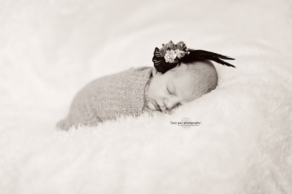 2013, 6-7 Leah Noel Johnson newborn-70bw