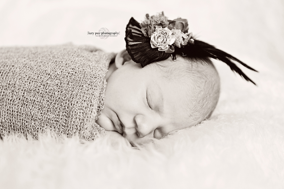 2013, 6-7 Leah Noel Johnson newborn-76bw