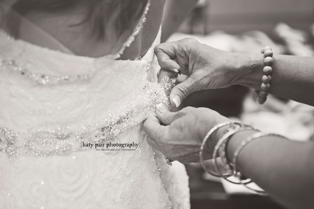 2014, 6-7 KB Sartain wedding_049bw