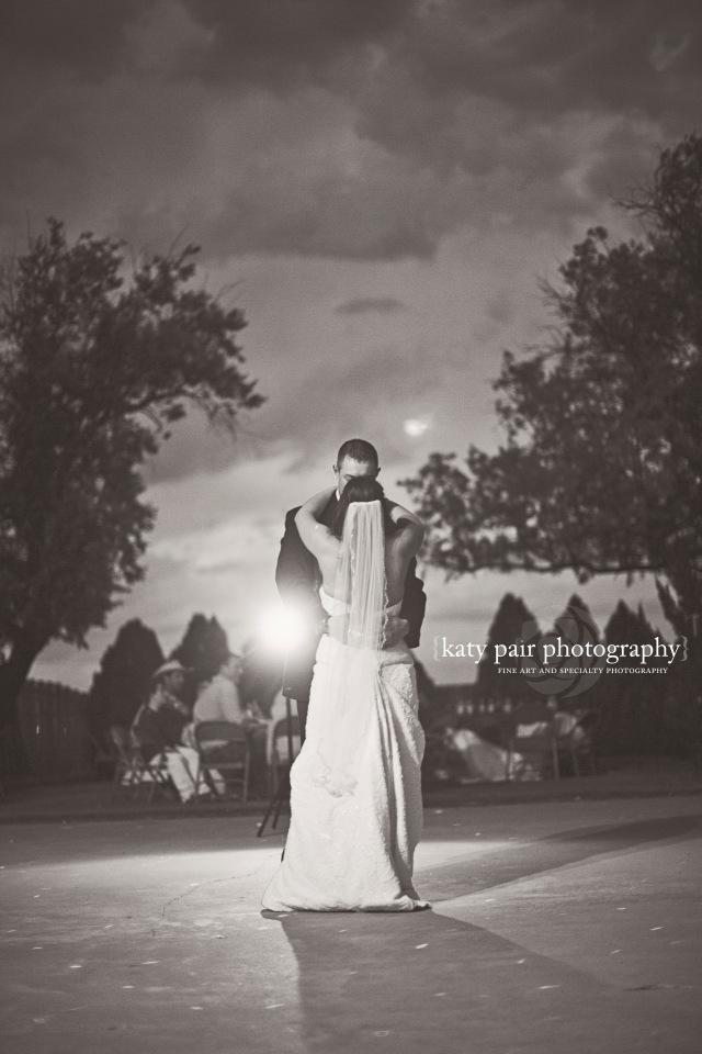 2014, 6-7 KB Sartain wedding_580bw