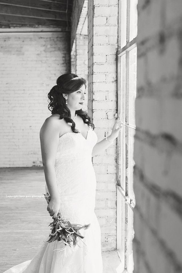2016-8-1-margarita-bridals_062bw