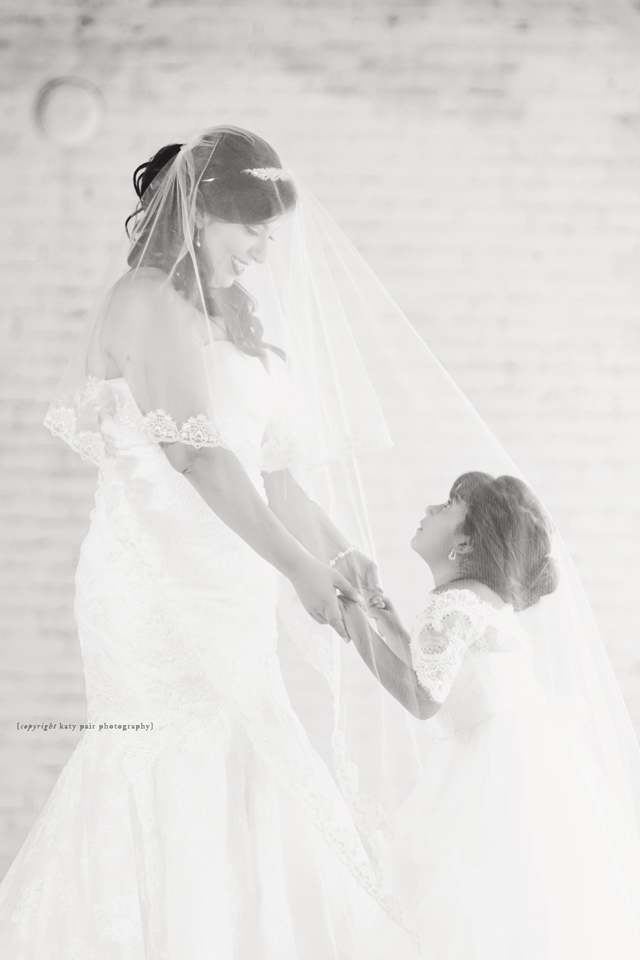 2016-8-1-margarita-bridals_099bw