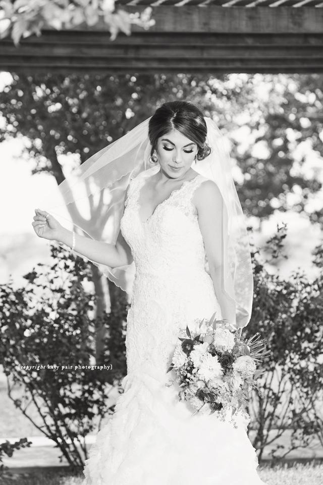 2016-8-6-jessica-isaac-wedding_106bw